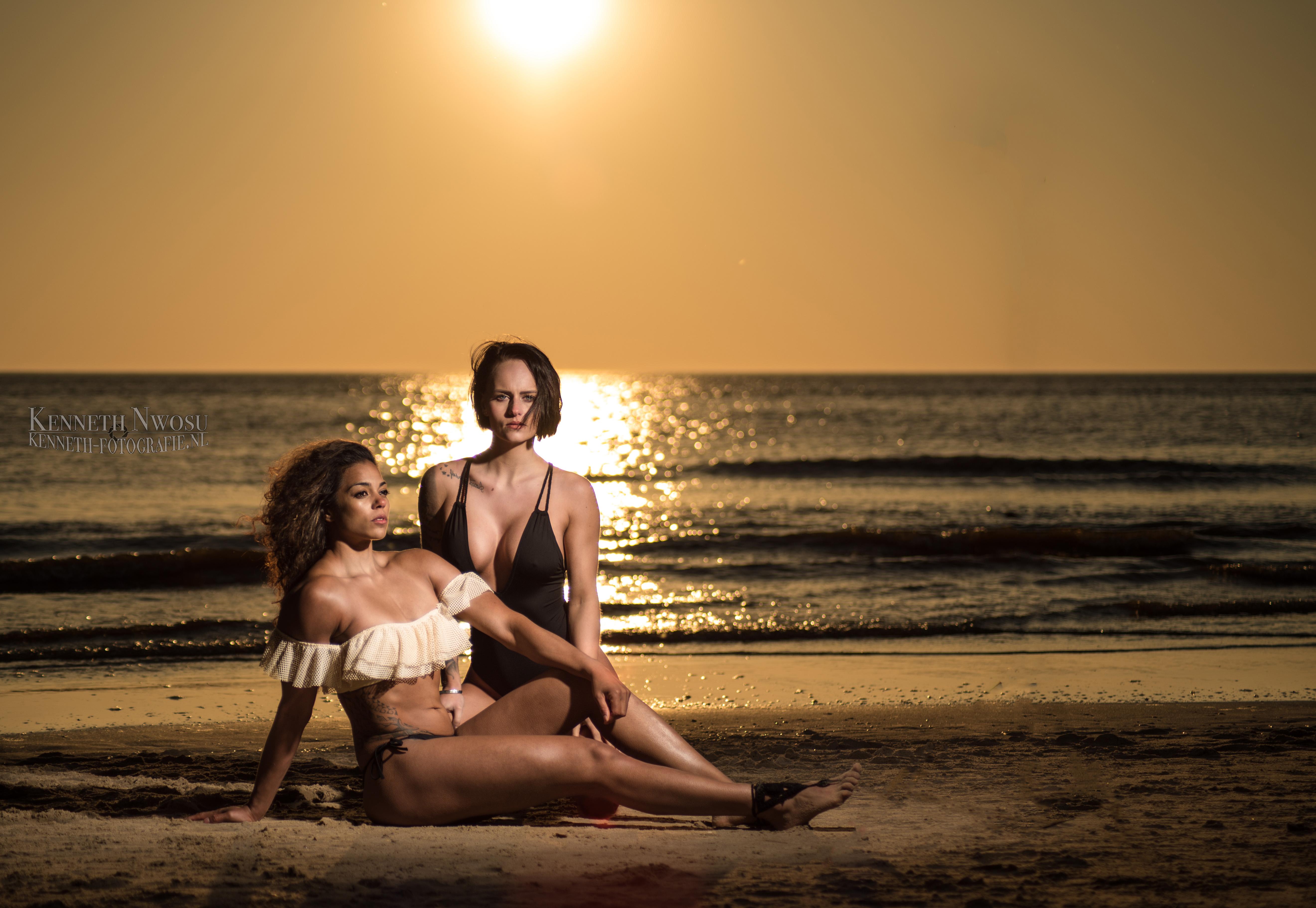 Beachshoot Cheila Baronet en Sylke Kempe