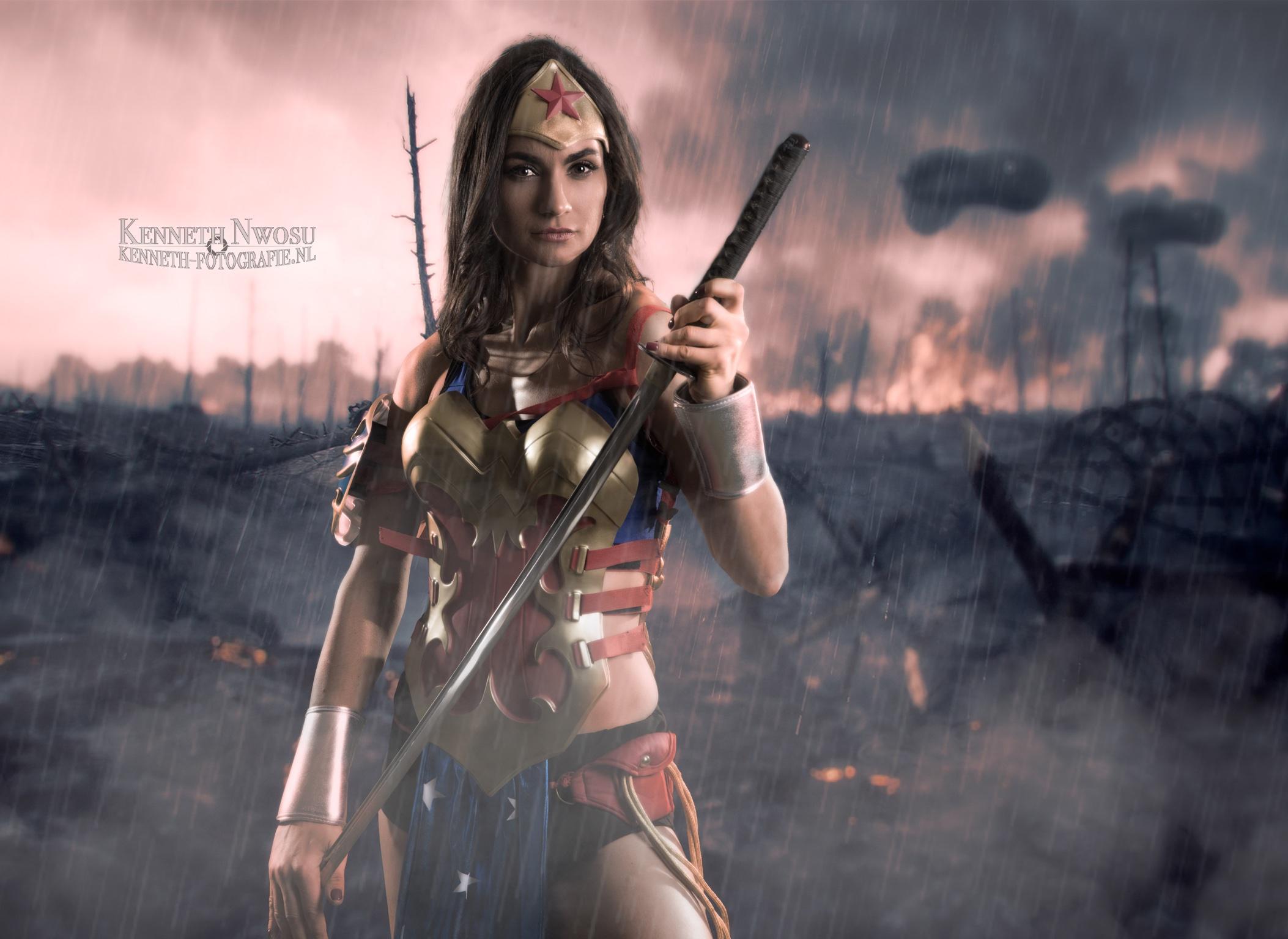 Wonder Woman fotoshoot met Olga Kochak