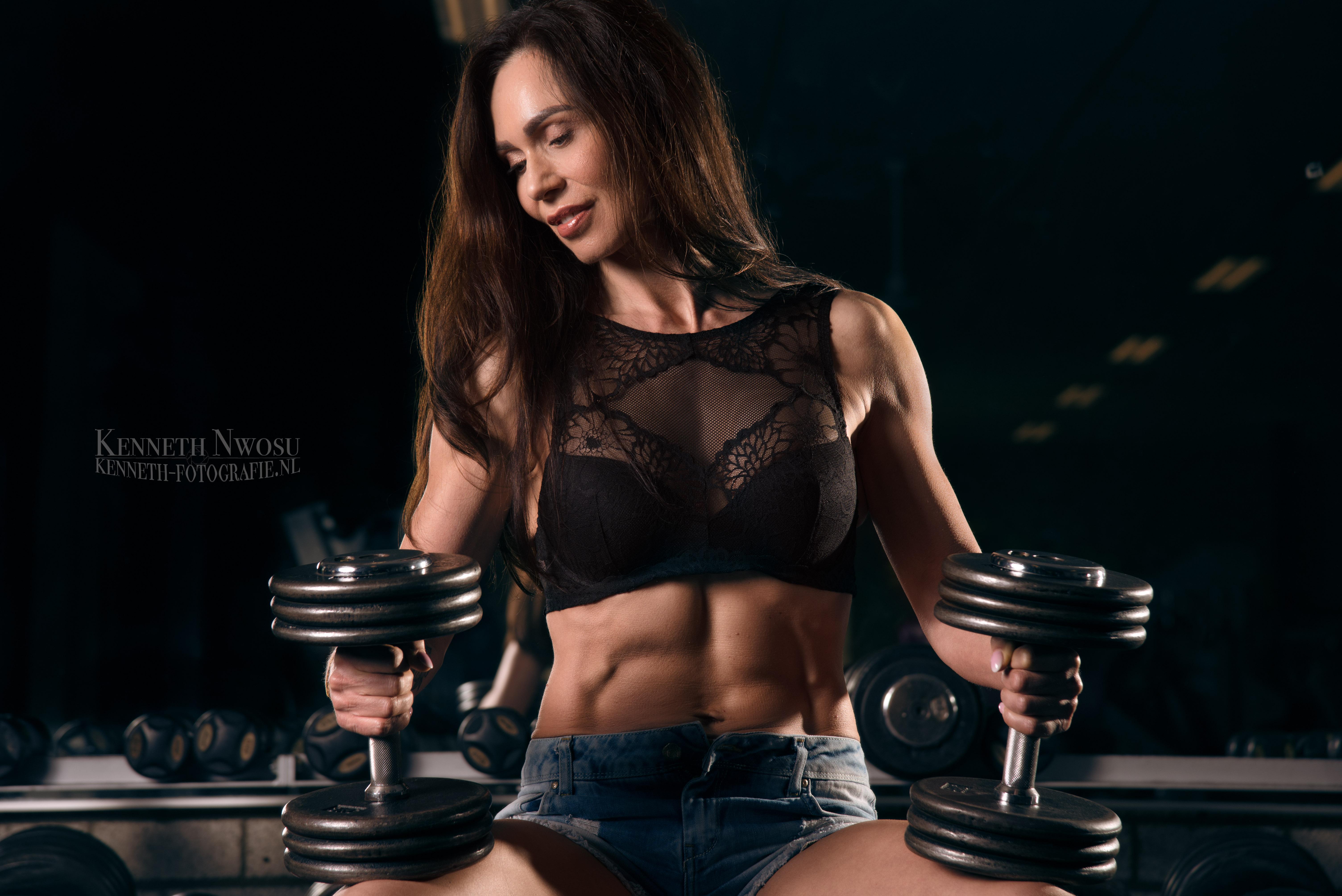 Fotoshoot in de sportschool met Rozanne Morsink