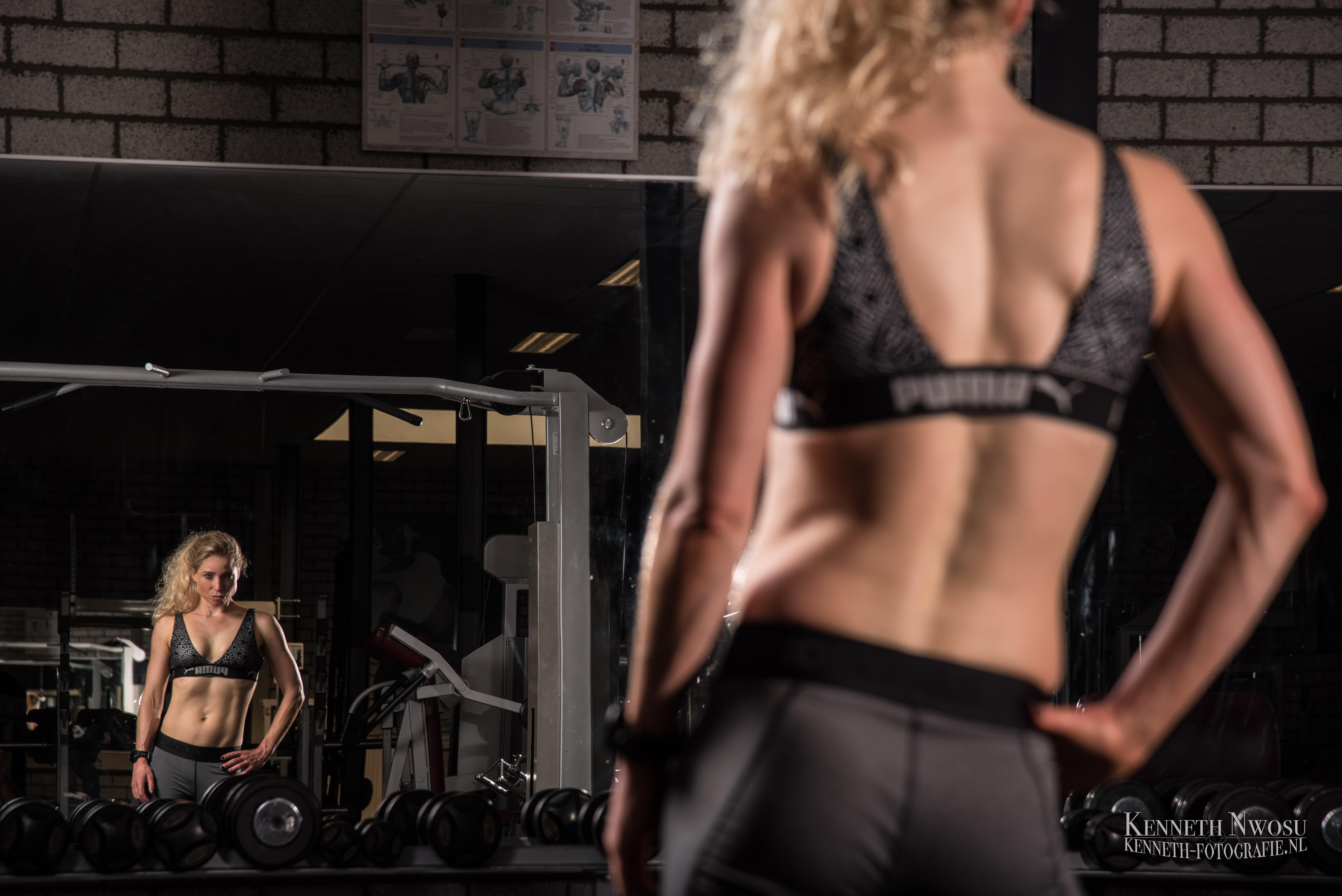 Fitness fotoshoot in de sportschool met Heleen