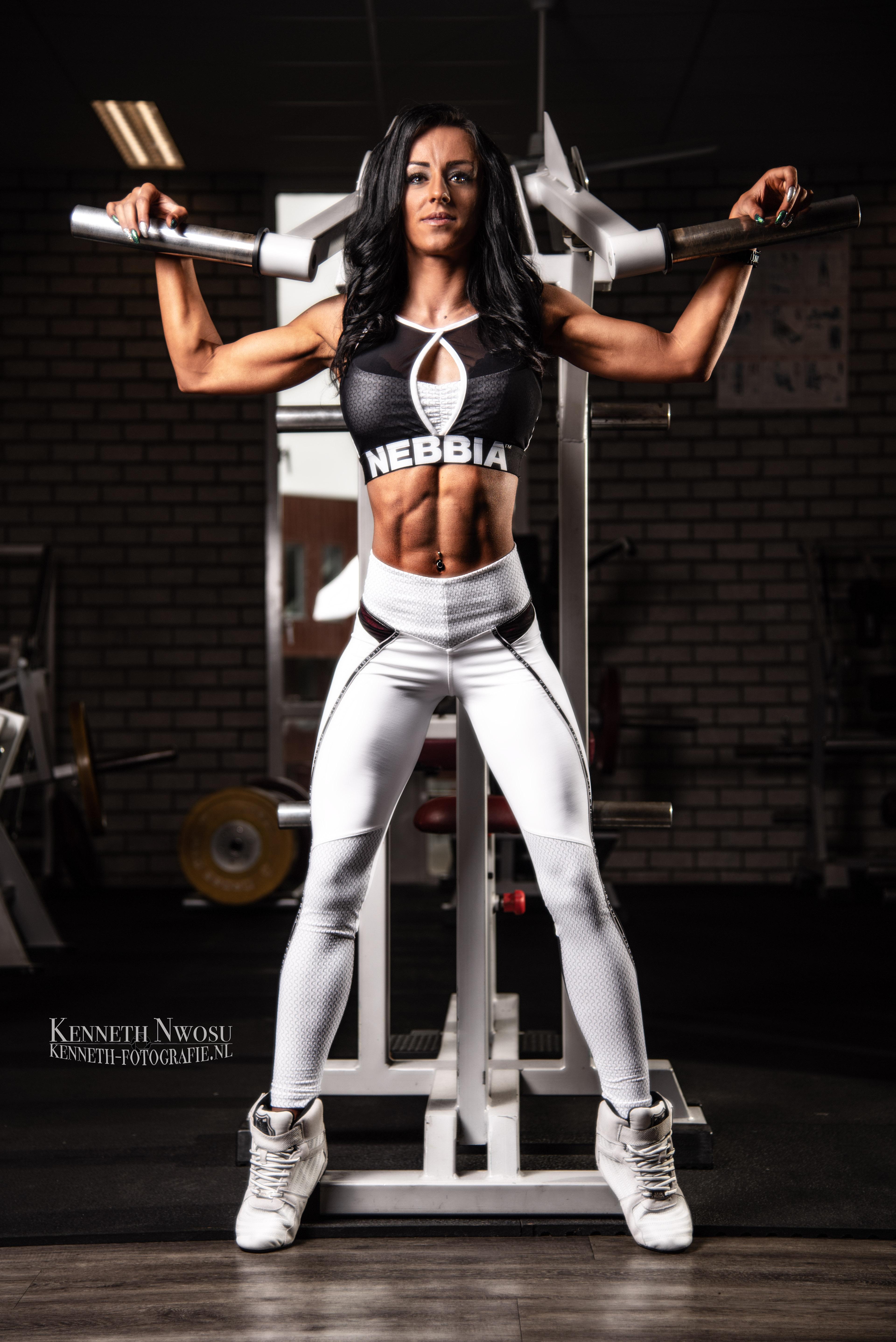 Fitness fotoshoot bikini fitness met Marta