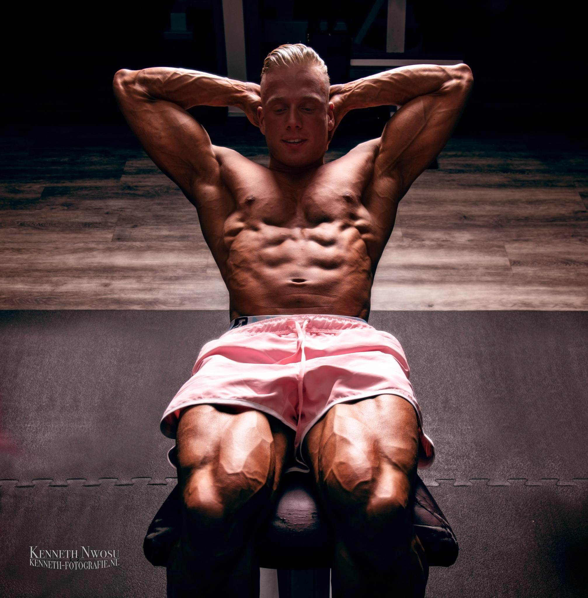 Bodybuild fotoshoot met Bas