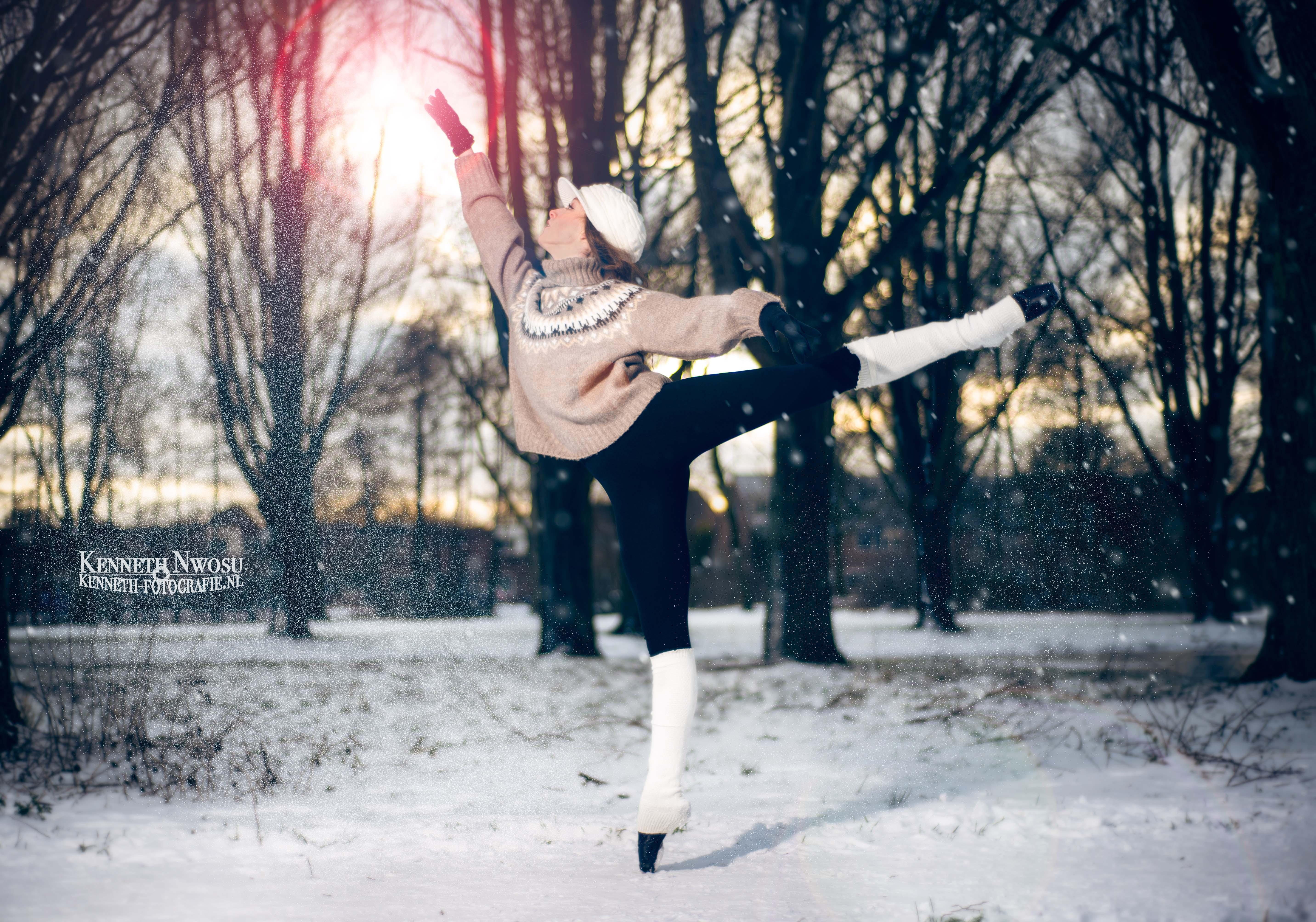 Sneeuw shoot met Ella Joy