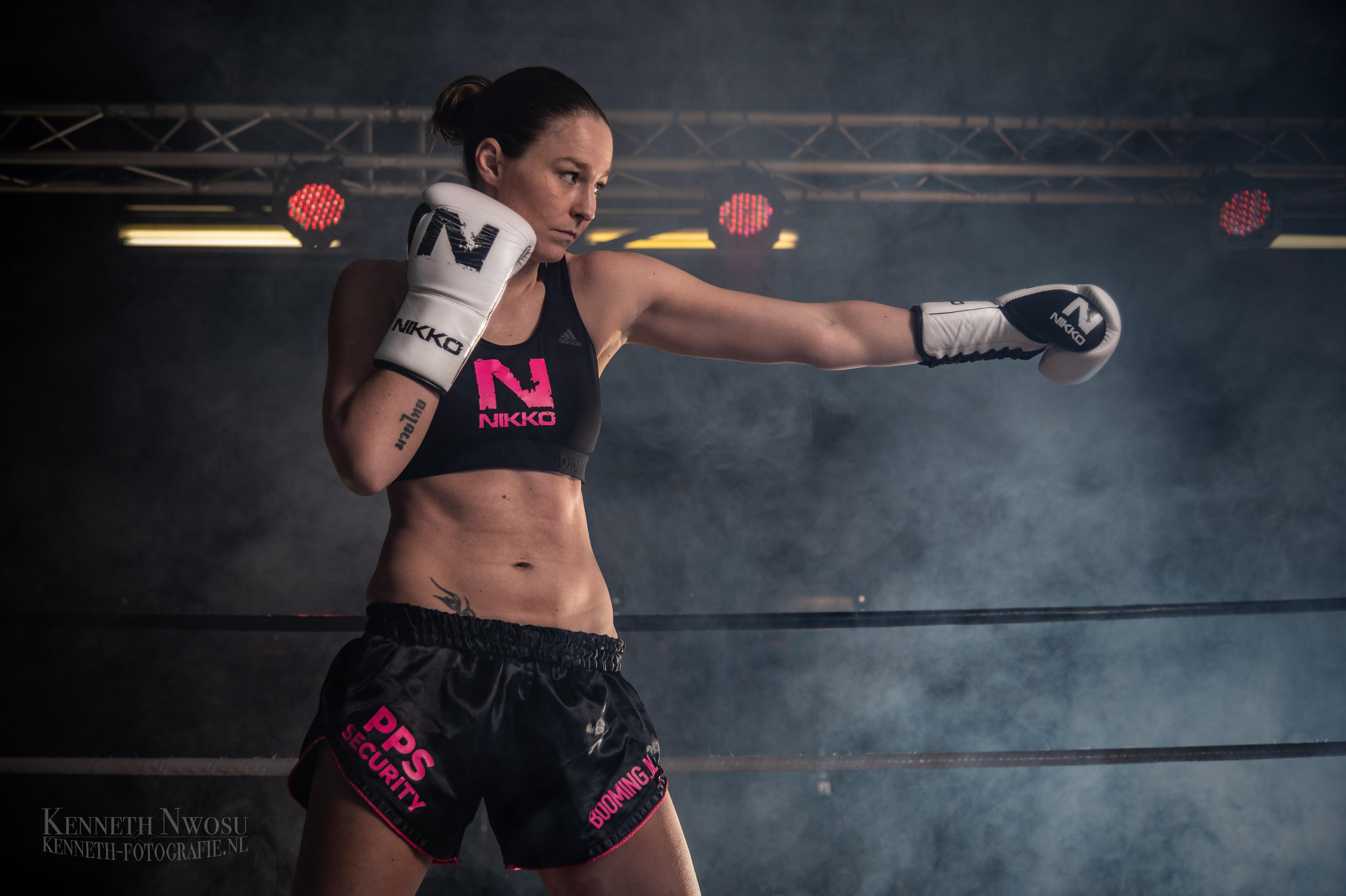 Shoot met wereldkampioen muay thai Jorina Baars